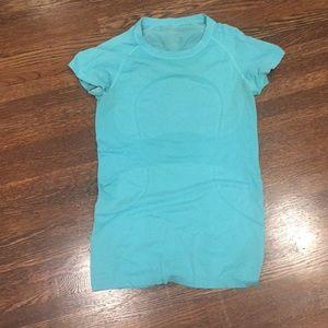 Lululemon swiftly ss T-shirt sz 6